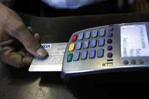 Como trocar pontos do cartão de crédito em combustível?